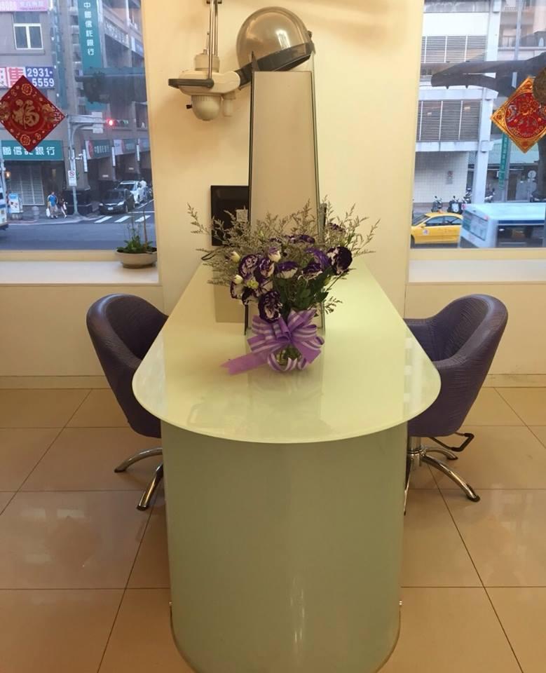景美醫院旁、頭皮管理、美髮、造型、剪髮、護髮、燙髮、染髮、預約
